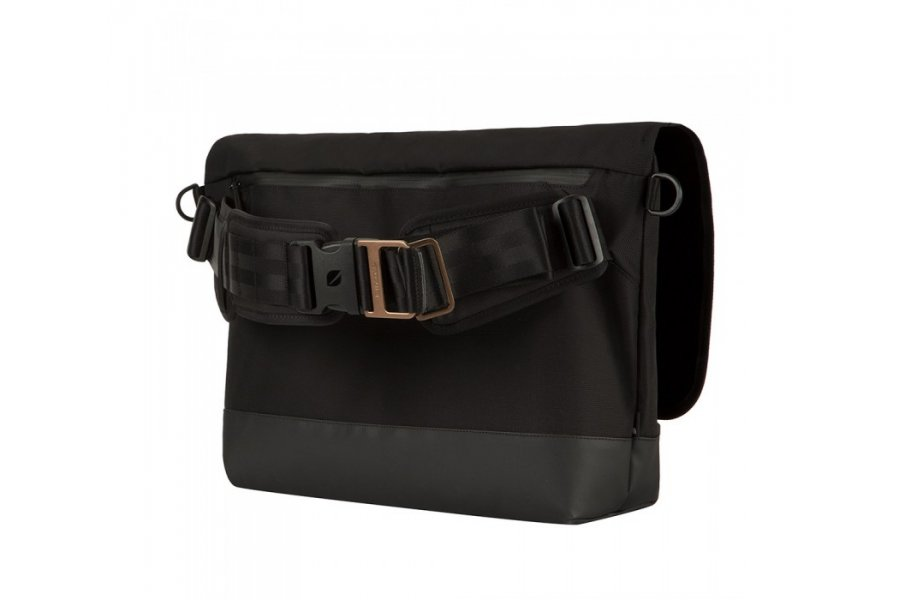 Рюкзак Incase Sport Messenger Black
